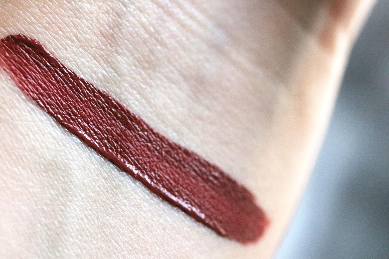 Swatch Girl Too Fondue Melted Matte Lipstick Swatch