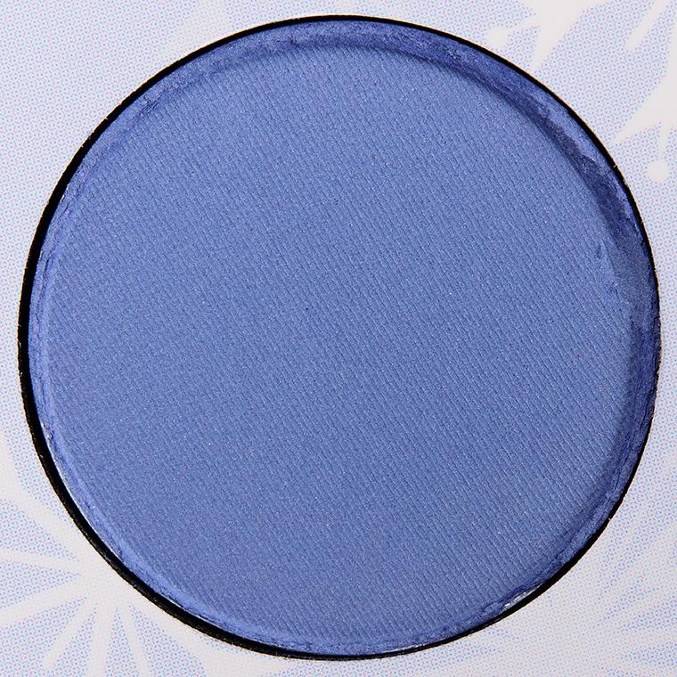 Color pressed powder shadow