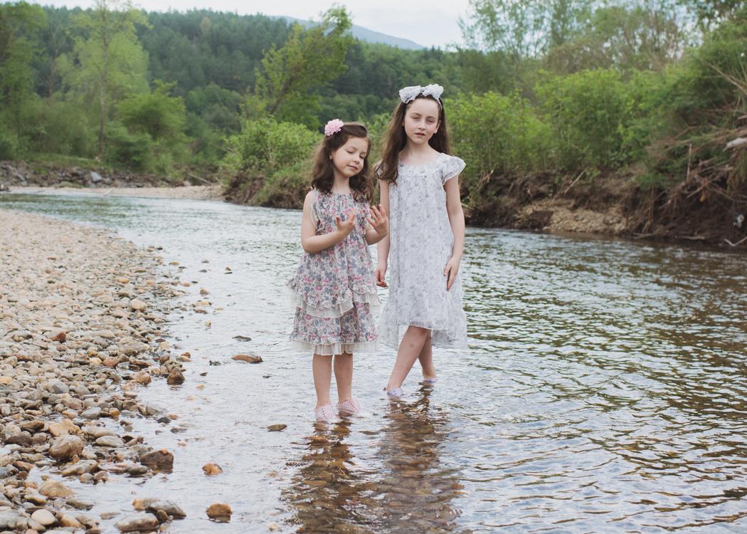 Jessica Dickinson Isobella and Chloe